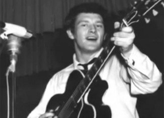 Tony Sheridan, an early supporter of The Beatles, has died aged 72