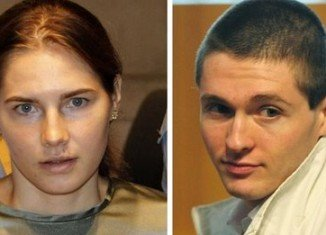 Amanda Knox and her former boyfriend Raffaele Sollecito face a retrial over the 2007 killing of Briton student Meredith Kercher, Italy's highest court has ordered