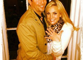 Jamie Lynn Spears and Jamie Watson have been dating for three years and now he has finally popped the big question