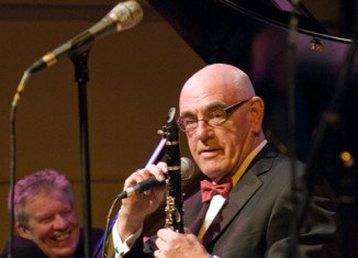 Jazz band leader Terry Lightfoot has died at the age of 77, after a battle with prostate cancer