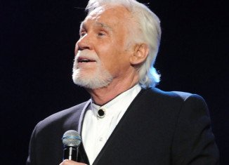 Kenny Rogers is to be inducted into the Country Music Hall of Fame in Nashville