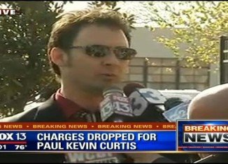 Ricin suspect Paul Kevin Curtis has been released from jail as the US authorities have dropped the charges against him