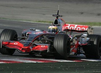 Mercedes to be investigated by FIA after Ferrari & Red Bull tyre test protest