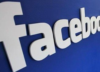 Facebook removes ads from controversial pages to avoid boycott