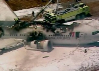 Asiana Airlines Boeing 777 aircraft has crash-landed at San Francisco international airport
