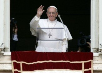 Pope Francis says Pope Benedict's decision to resign was a great example