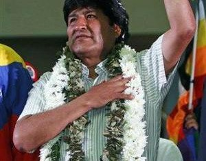 President Evo Morales has threatened to close the US embassy in Bolivia after his official plane was banned from European airspace