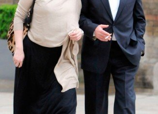 Charles Saatchi threatened to commit suicide in a bid to win back Nigella Lawson after the first stages of their divorce