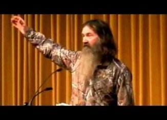 Phil Robertson is not afraid to loudly proclaim his religious beliefs, including their stance against abortion
