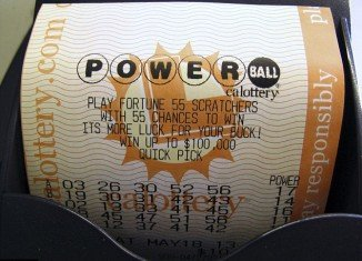 Powerball lottery jackpot climbed to $400 million after nobody picked the winning numbers