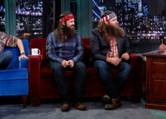 Duck Dynasty's Willie, Jep and Si Robertson stopped by Late Night With Jimmy Fallon on Monday