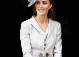 Kate The Future Queen by Katie Nicholl reveals how Carole Middleton had a secret meeting with Prince William over marriage to Kate