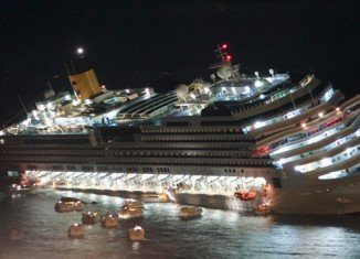 Divers scouring the site of the Costa Concordia wreck off the coast of Italy have recovered what could be more human remains