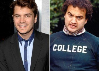 Emile Hirsch is to star as John Belushi in a film biopic based on the legendary comic's life