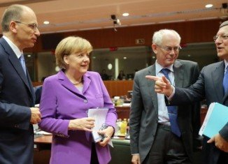 European leaders at the EU summit in Brussels say distrust of the US over spying could harm the fight against terrorism