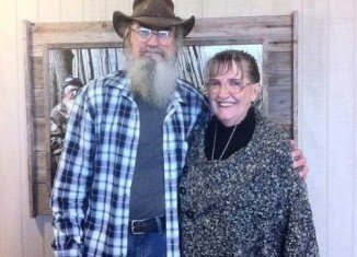 Si Robertson talked about his wife's difficulty in conceiving, saying that he believes his two children were miracles from God
