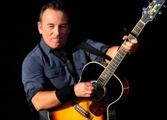 Bruce Springsteen and his E Street Band will perform in South Africa for the first time, almost three decades after the group campaigned against apartheid