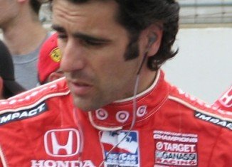 Dario Franchitti announced he will no longer be able to compete in auto racing because of injuries suffered in Houston crash