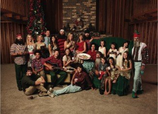 Duck Dynasty 's Christmas album debuted as No 1 in Billboard's Top Country Albums chart this week