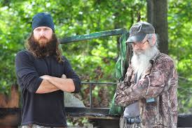 Si and Jase Robertson have teamed up with insurer State Farm to reinforce the importance of turkey fryer and cooking safety this holiday season