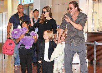 Angelina Jolie, Brad Pitt and their kids made a pre-Christmas Target run in Robina