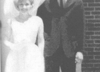 Dolly Parton married Carl Thomas Dean on May 30, 1966