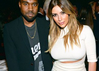 Kanye West is planning to tie the knot with Kim Kardashian at the Palace of Versailles in France