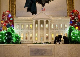 Sunny and Bo, dark chocolate miniature versions, are part of the annual gingerbread White House display
