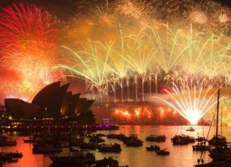 Thousands of people are attending Sydney's traditional pyrotechnic as Australia welcomes 2014