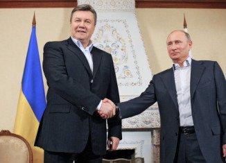 Ukraine's President Viktor Yanukovych and his Russian counterpart Vladimir Putin