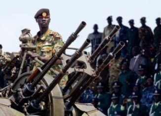 Up to 500 people are believed to have died in clashes between rival South Sudan army factions