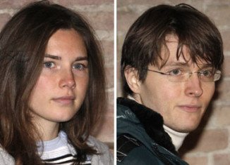 A Florence court has reinstated the guilty verdicts against Amanda Knox and Raffaele Sollecito for the murder of British student Meredith Kercher in 2007