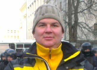 Ukraine's leading activist Dmytro Bulatov, who vanished for eight days, says he was abducted and tortured before being left to die in the cold
