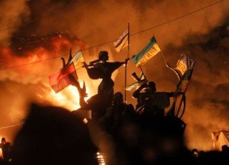 At least 25 people died in Kiev as the Ukrainian police have launched a fresh attack on anti-government protesters
