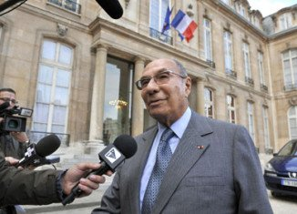 Police are questioning Serge Dassault about his activities in Corbeil-Essonnes, where he was mayor between 1995 and 2009
