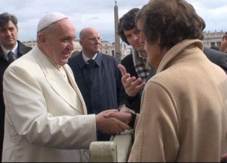 Steve Coogan and Philomena Lee, whose story inspired the Oscar-nominated film Philomena, have met Pope Francis in Rome