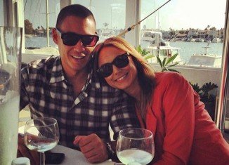 Just a few weeks after she secretly married boyfriend Jared Pobre in an intimate beachside ceremony in Mexico, Stacy Keibler announced on Twitter that she is pregnant