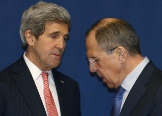 Russian Foreign Minister Sergei Lavrov and US Secretary of State John Kerry are preparing for key talks on Ukraine in London