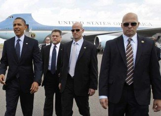 Three Secret Service agents tasked with protecting President Barack Obama in the Netherlands have been sent home for disciplinary reasons