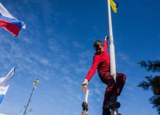 Ukrainian flags in Crimea have been replaced by Russian ones
