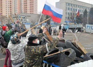 Kiev's operations against pro-Russian militants in eastern Ukraine have been suspended over Easter
