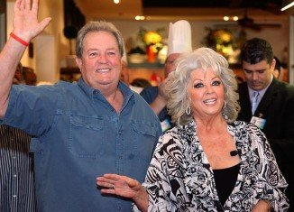 Uncle Bubba's Oyster House in Savannah has been owned by Paula Deen and her brother, Bubba Hiers