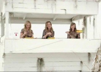 Korie, Missy and Jessica Robertson are out trying to find their zen while hunting have the Zaxby's Zensation Zalad to help them