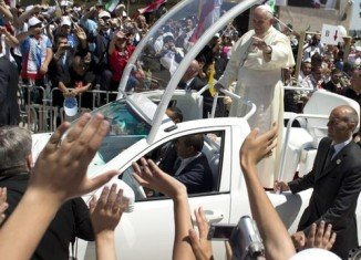 Pope Francis is expected to visit religious sites in Jerusalem and hold talks with Israel's chief rabbis