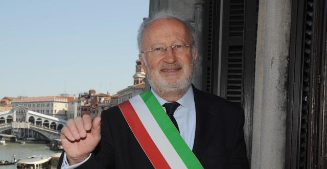 Venice Mayor Giorgio Orsoni steps down amid corruption ...