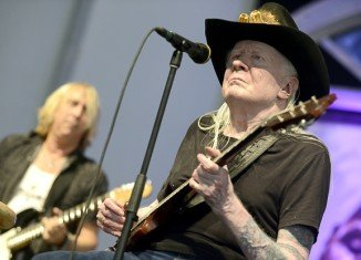 Hailed as one of the 100 greatest guitarists of all time, Johnny Winter rose to fame in the 1970s