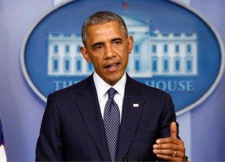 President Barack Obama has announced new economic sanctions against Russia over Ukrainian crisis