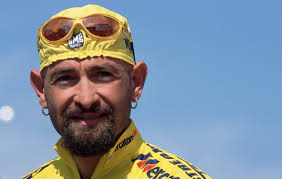 Italian prosecutors have reopened an inquiry into the death of cyclist Marco Pantani