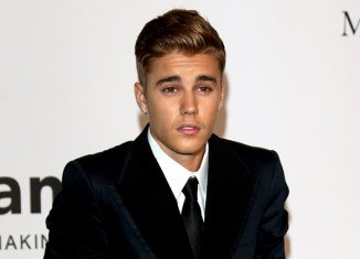 Justin Bieber was caught riding his three-wheeled Can-Am Spyder down the sidewalk on Wilshire Boulevard in Beverly Hills