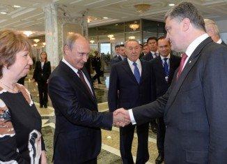 Petro Poroshenko met Vladimir Putin for direct talks in Belarus